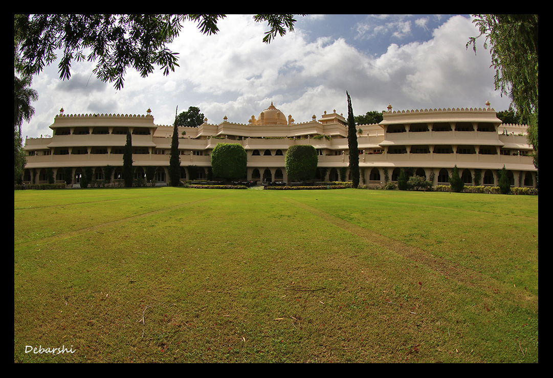 Vivanta by Taj Aurangabad Sprawling Lawns