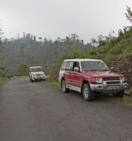 Road Trips in India – Kolkata to Lava and Charkhol
