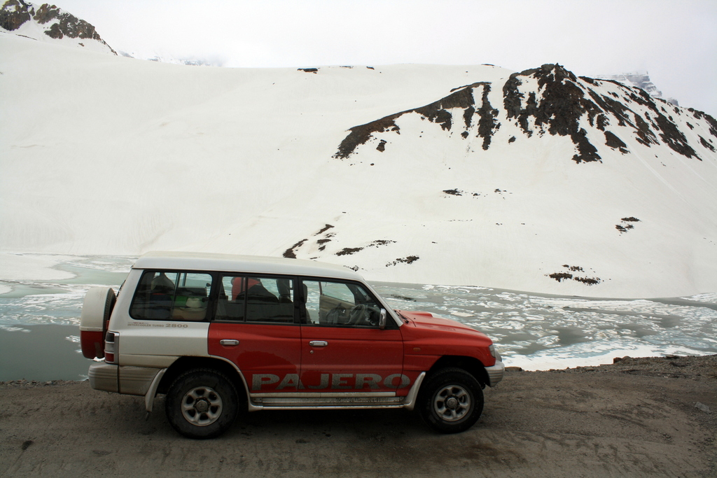 How to prepare your car for Ladakh - Pajero at Suraj Tal