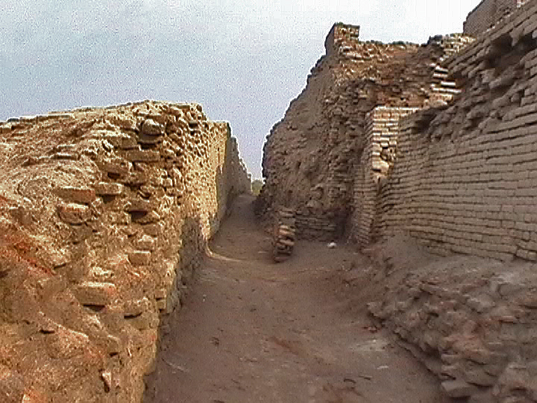 A visit to Mohenjo daro baked brick structures
