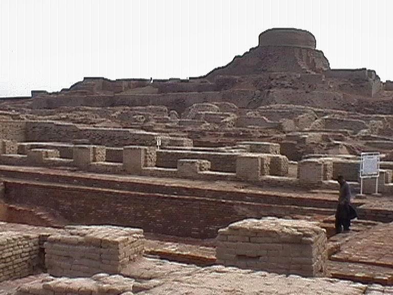 A visit to Mohenjo daro citadel