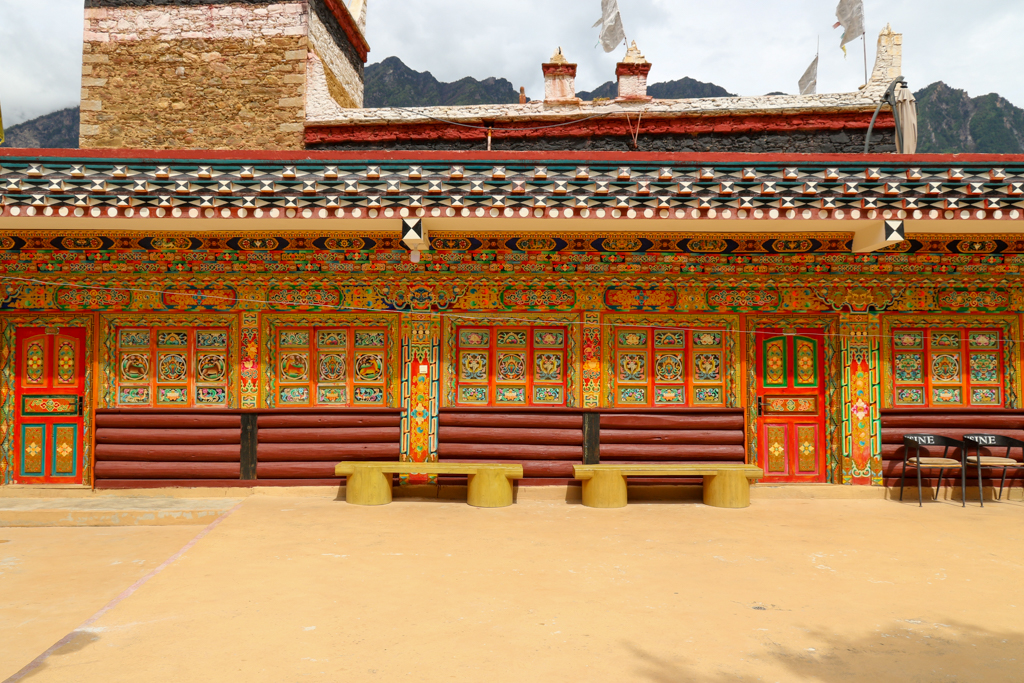 A colorful Jiaju village homestay