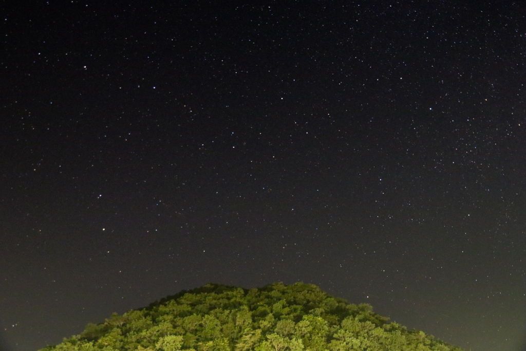 The night sky at Khairabera with the hills in the backdrop
